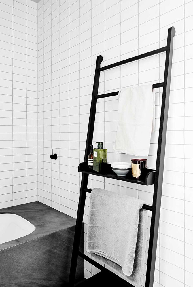 Give Your Cast Iron Bath Space To Breathe Our Favourite