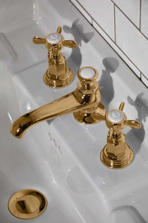 Aysgarth X Top 3 Hole Basin Mixer C/W Pop Up Waste Polished Brass
