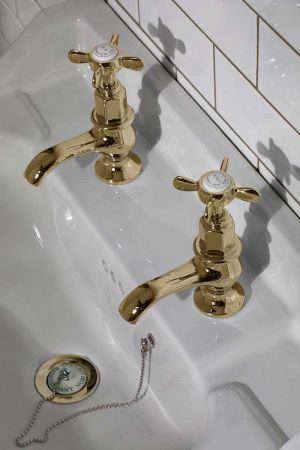 Aysgarth 1/2BSP Basin Pillar Taps X Top Polished Brass