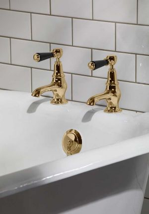 Linton Black Lever 3/4 BSP Bath Pillar Taps Polished Brass