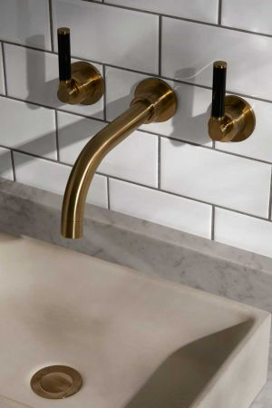 Senska - 3-Hole Basin Mixer - Wall Mounted - Black Lever - Brushed Brass