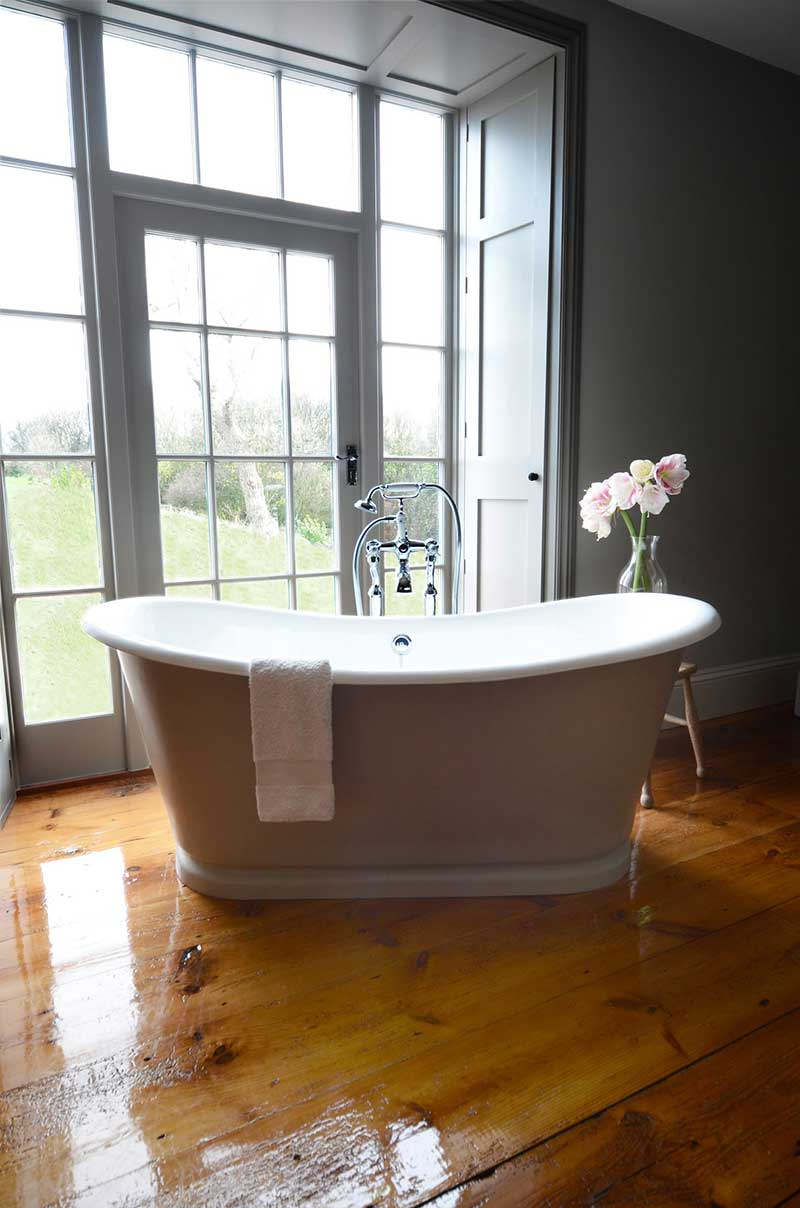 The La Rochelle Painted French Bateau Bath Painted